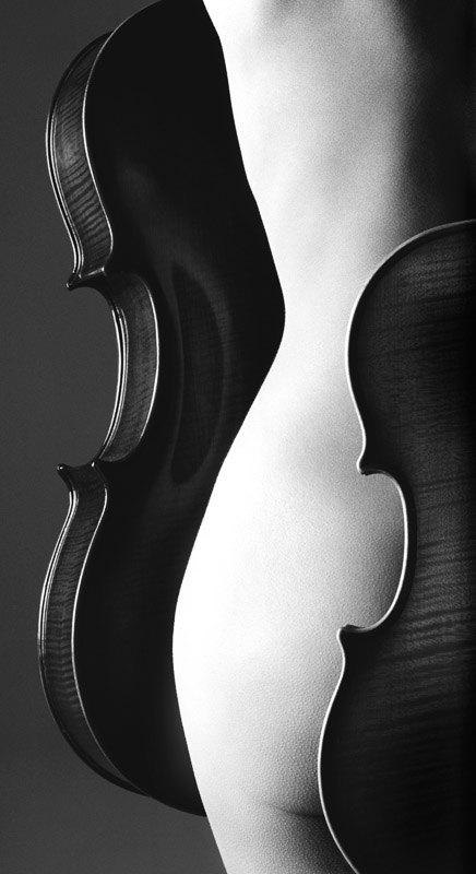 Nude-w-Cello-3-08_